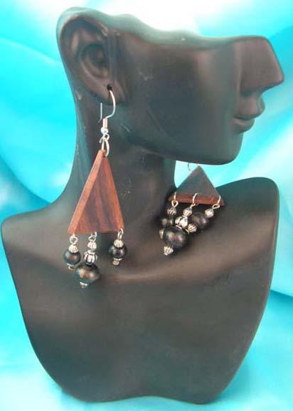 dangle earring fashion wooden fish hook wholesale earring beaded wooden earring wholesale. Black Bedroom Furniture Sets. Home Design Ideas